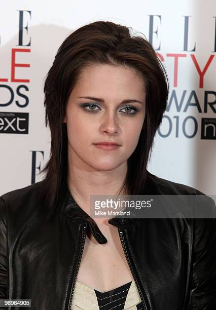 Woman of the Year winner Kristen Stewart poses in the Winner's room at the ELLE Style Awards 2010 at the Grand Connaught Rooms on February 22, 2010...