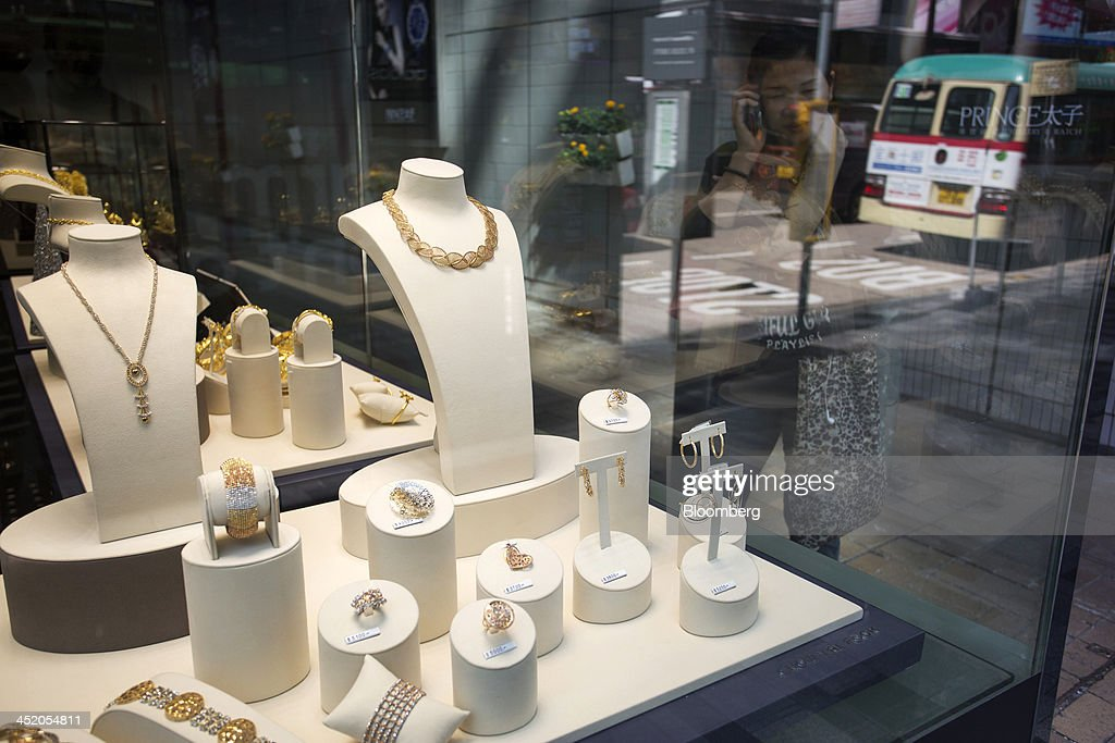 Chow Tai Fook Jewellery Group Ltd. Half-Year Earnings News Conference : News Photo