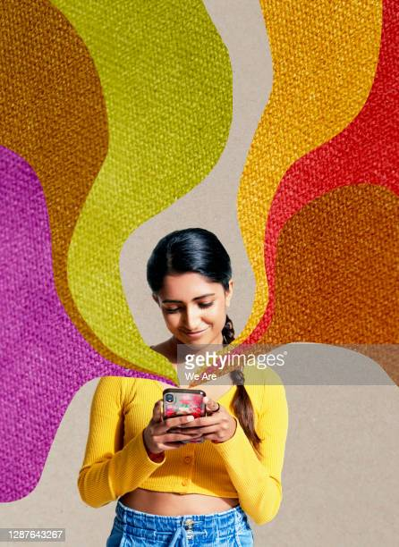 woman on mobile phone - generation z stock pictures, royalty-free photos & images