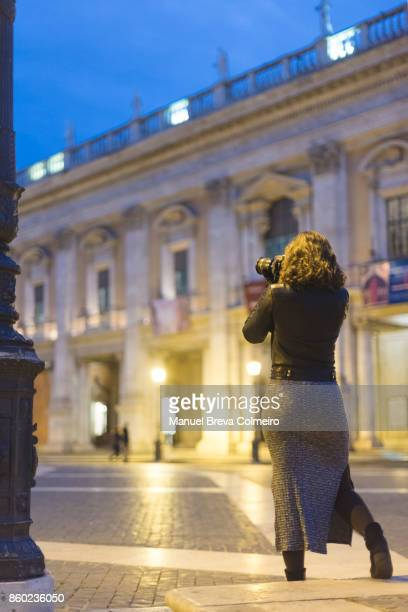 woman photographing - photojournalist stock pictures, royalty-free photos & images
