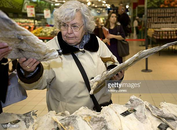 A Woman Pictured Buying Dried Cod In A Supermarket In Lisbon The King Of Norway Visited The Supermarket To See Imported Fish From Norway During The...