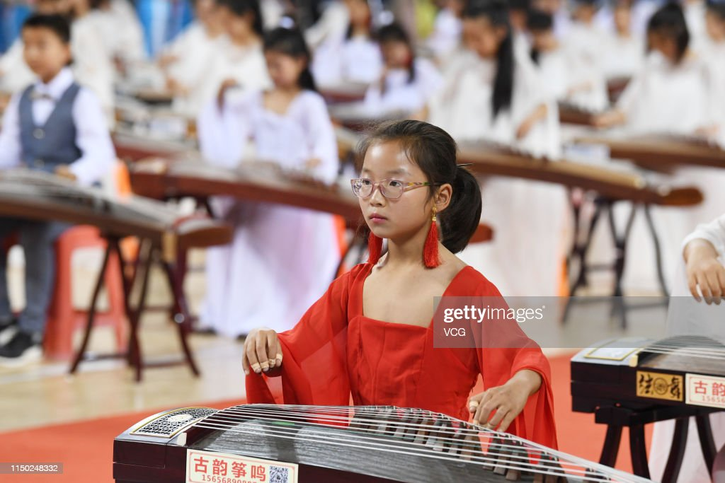 CHN: Hundreds Of People Play Guzheng In Haozhou