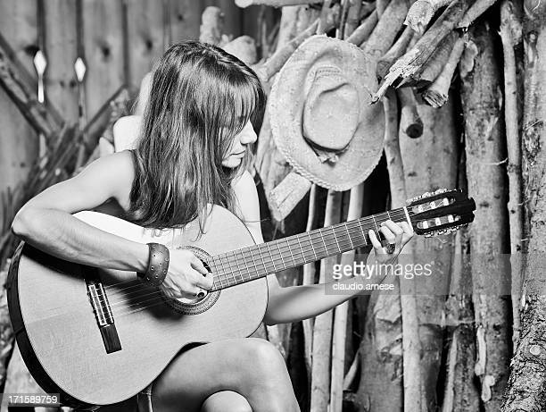 woman portrait with guitar. black and white - country and western music stock pictures, royalty-free photos & images