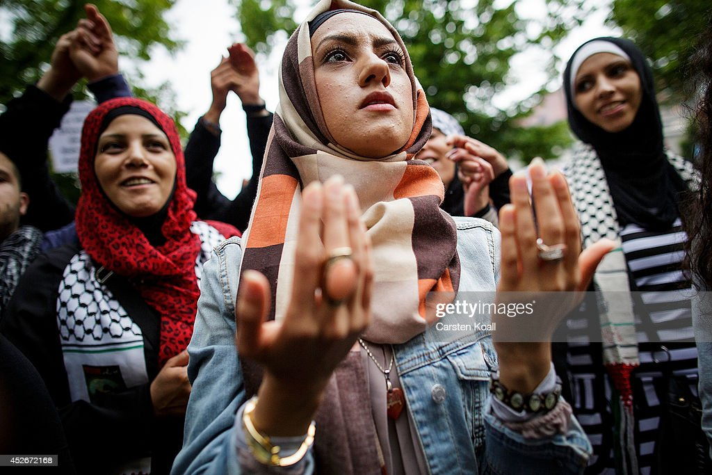Protests on Al-Quds Day in Berlin : News Photo