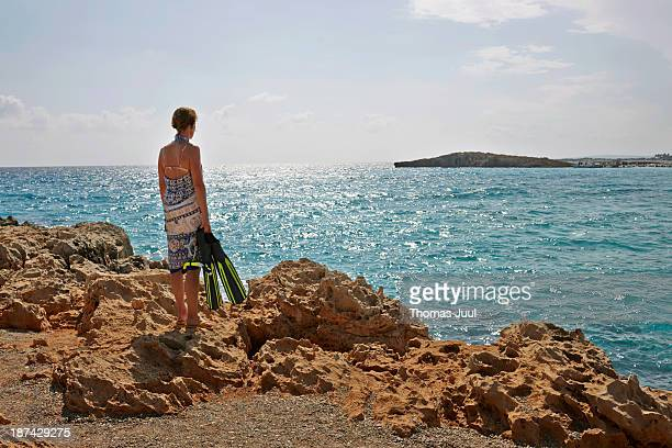 woman ready for diving - cyprus island stock pictures, royalty-free photos & images
