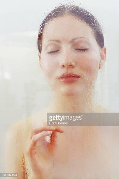 Nackt Frauen Heiss Stock-Fotos und Bilder - Getty Images