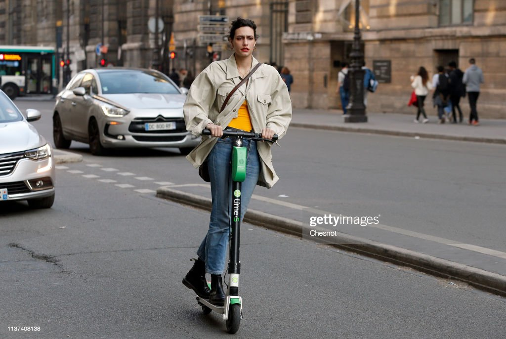 FRA: Paris City Hall Decided To Tax Scooters And Bikes for Rent Self-Service