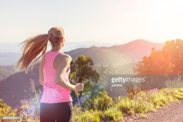 À l'extérieur de la course/Sprint de femme