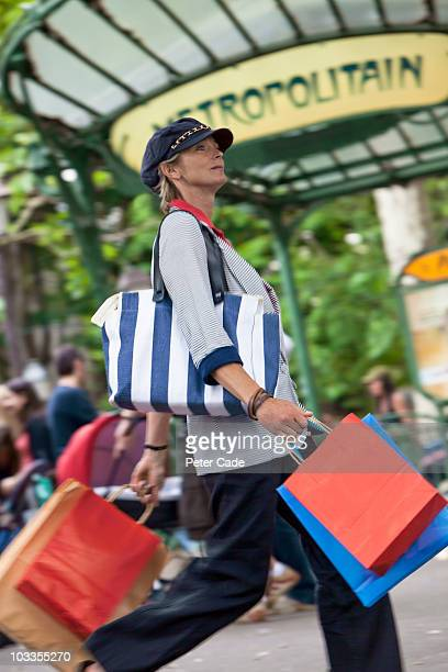 woman shopping in paris - nice france stock pictures, royalty-free photos & images