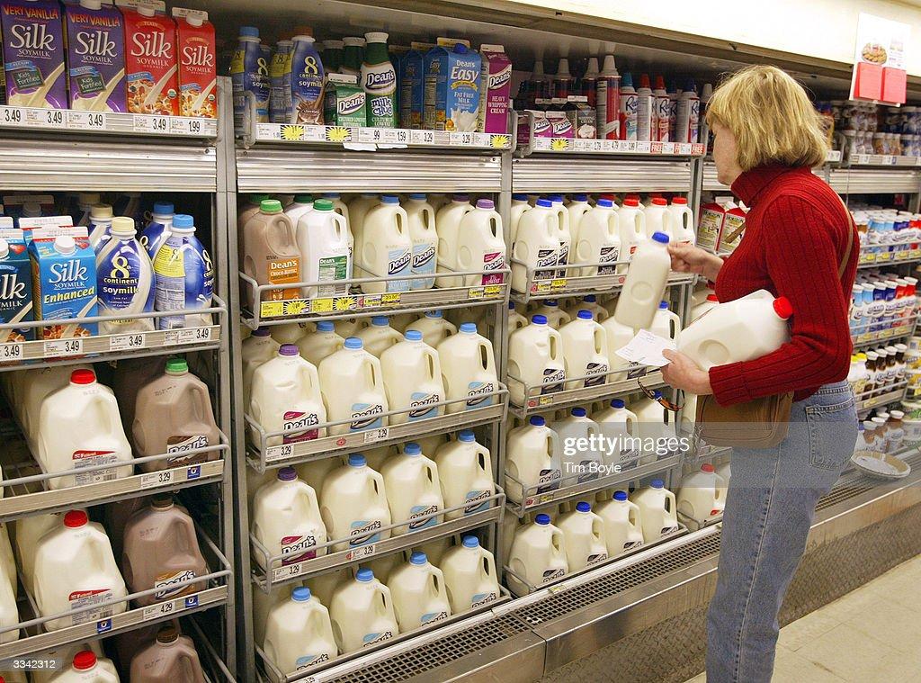 Milk Prices Set To Rise Sharply : Fotografía de noticias