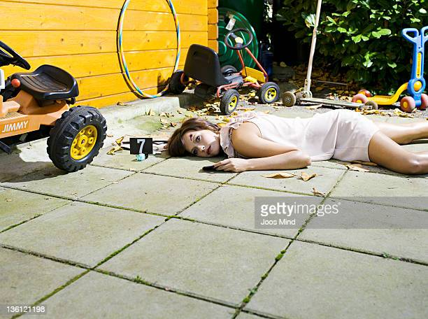 woman shot at the summer house - dead woman stock pictures, royalty-free photos & images