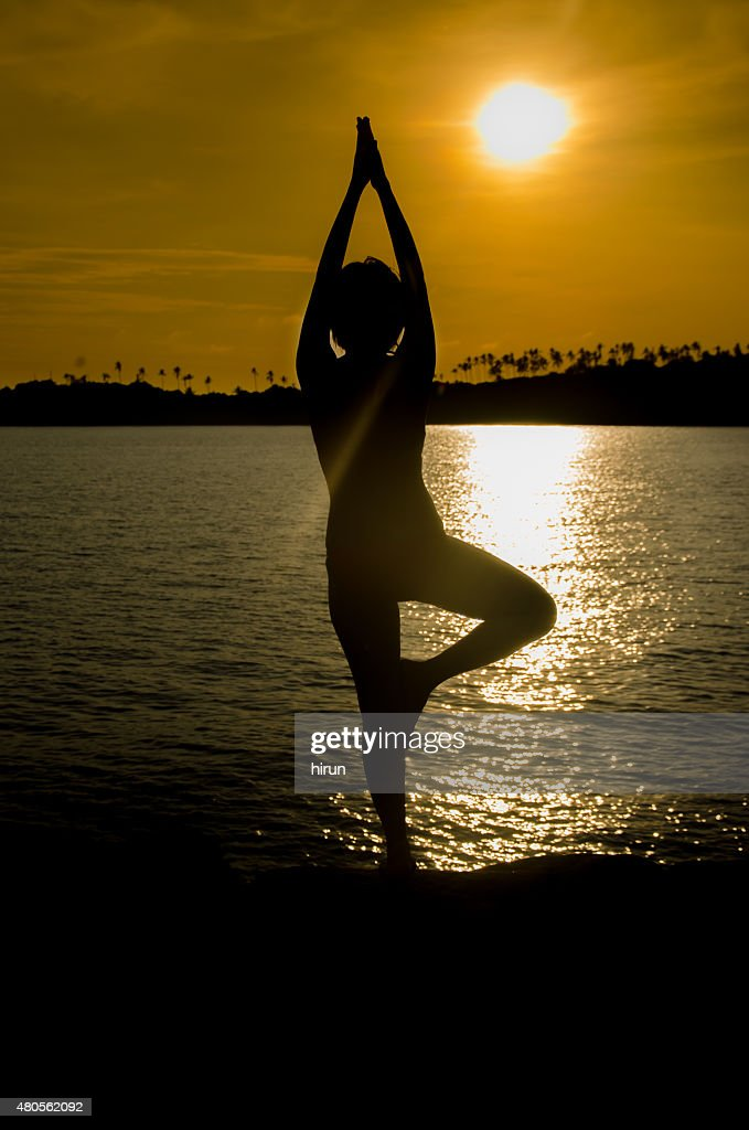 Woman Silhouette sea : Stock Photo