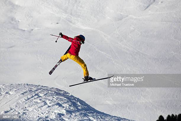 woman ski jumping in kuhtai ,tirol, austria - ski jumping stock pictures, royalty-free photos & images
