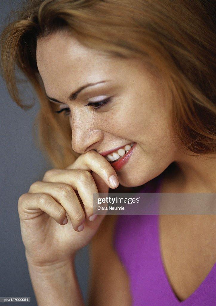Woman smiling, close-up : Stockfoto