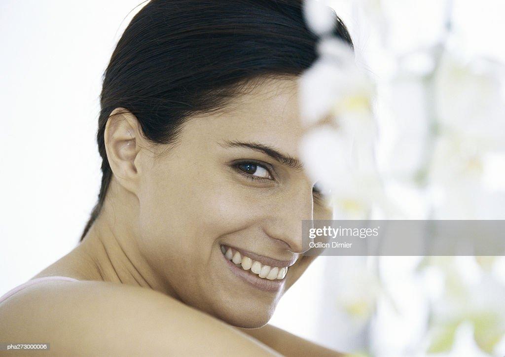 Woman smiling, portrait : Stockfoto
