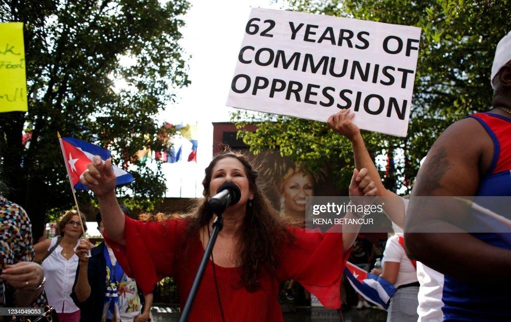 US-CUBA-DEMONSTRATION-POLITICS-GOVERNMENT-UNREST : News Photo