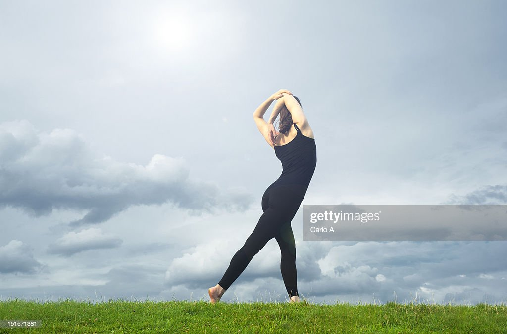 Woman stretching : Foto stock