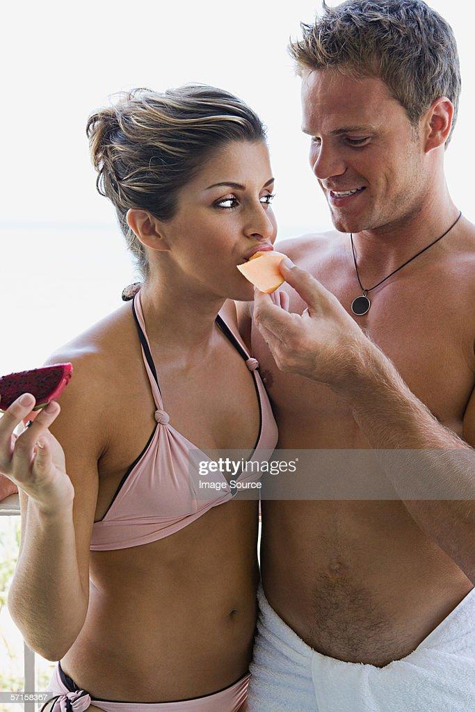 Дам сосать парню, встречи для любви и секса видео