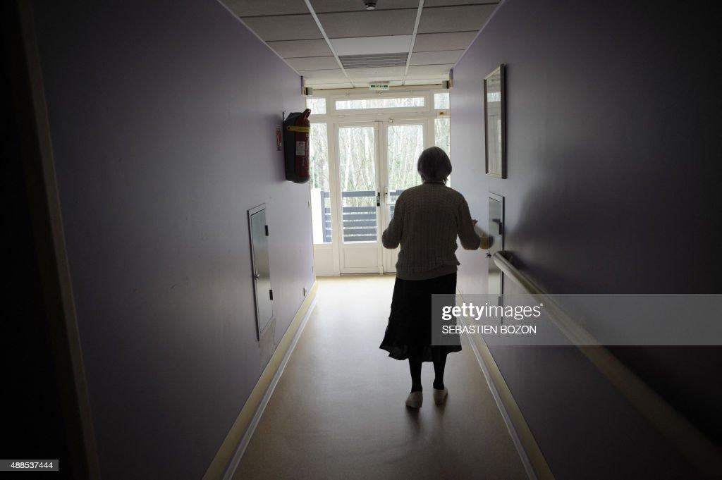 FRANCE-HEALTH-ALZHEIMER : News Photo