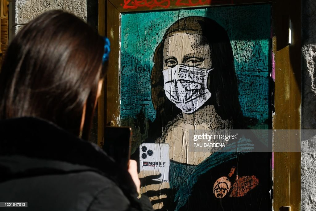 SPAIN-ART-TELECOM-MWC-VIRUS-HEALTH-FEATURE : News Photo