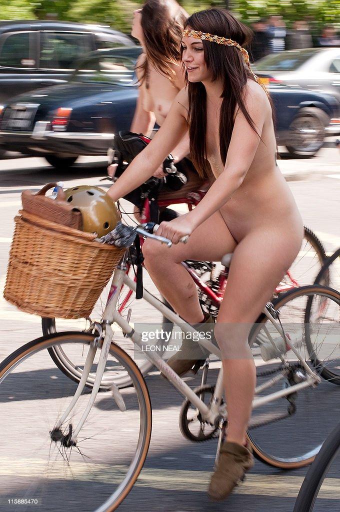 Naked fullbody massage