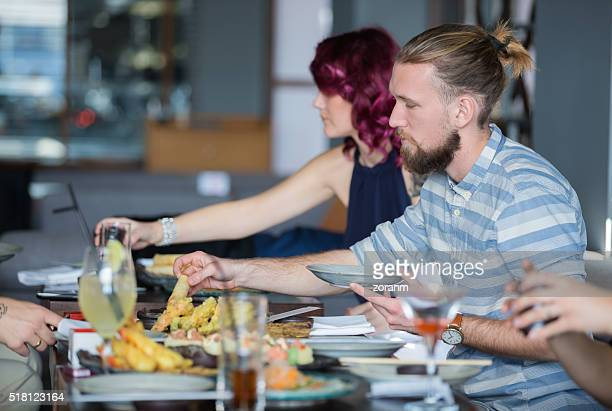 女性を承っております。レストランでのお食事