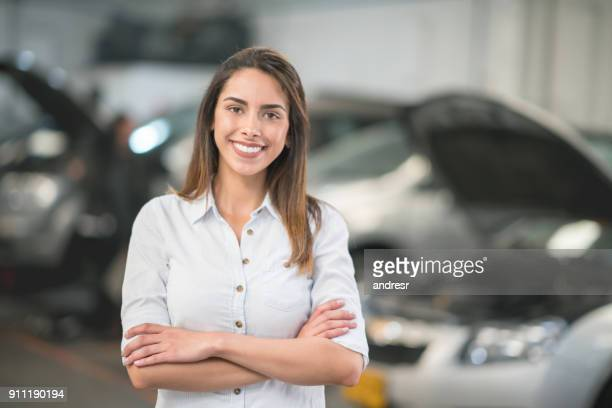 Woman taking her car to the auto repair shop