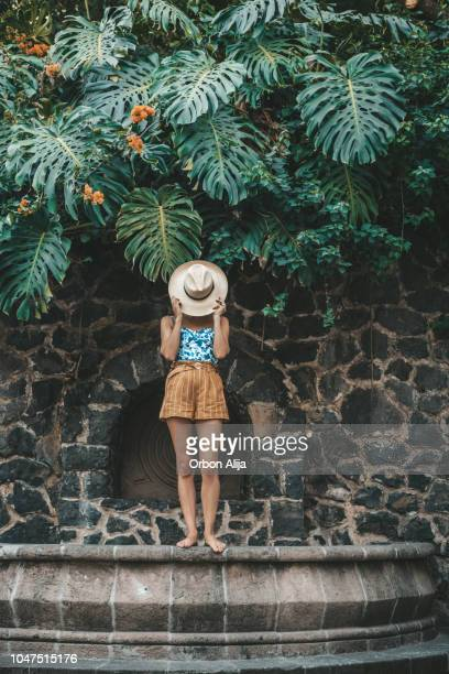 woman traveling in mexico - multi colored hat stock pictures, royalty-free photos & images