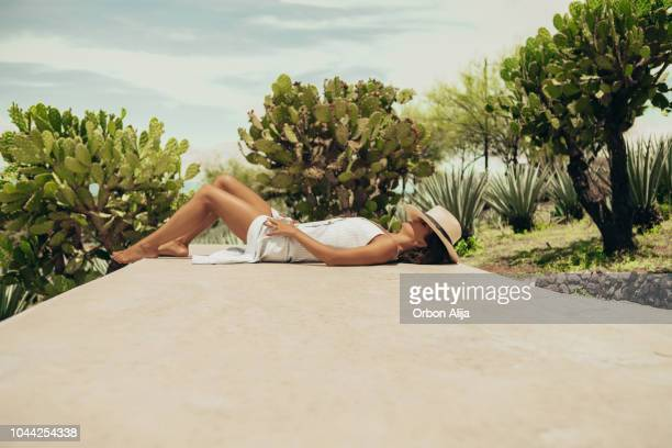 woman travelling in mexico - nature magazine stock pictures, royalty-free photos & images