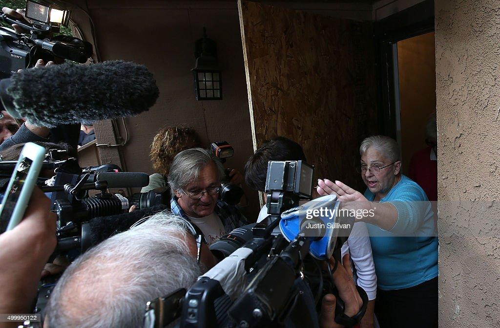 Community Mourns As Investigation Continues Into San Bernardino Mass Shooting : News Photo