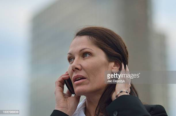 woman using her mobile phone, paris - depczyk stock pictures, royalty-free photos & images