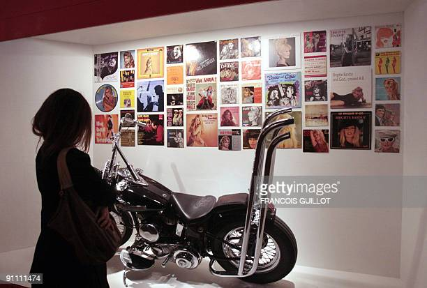 A woman visits on September 24 2009 at the MA30 in BoulogneBillancourt west of Paris an exhibition devoted to French star Brigitte Bardot who will be...