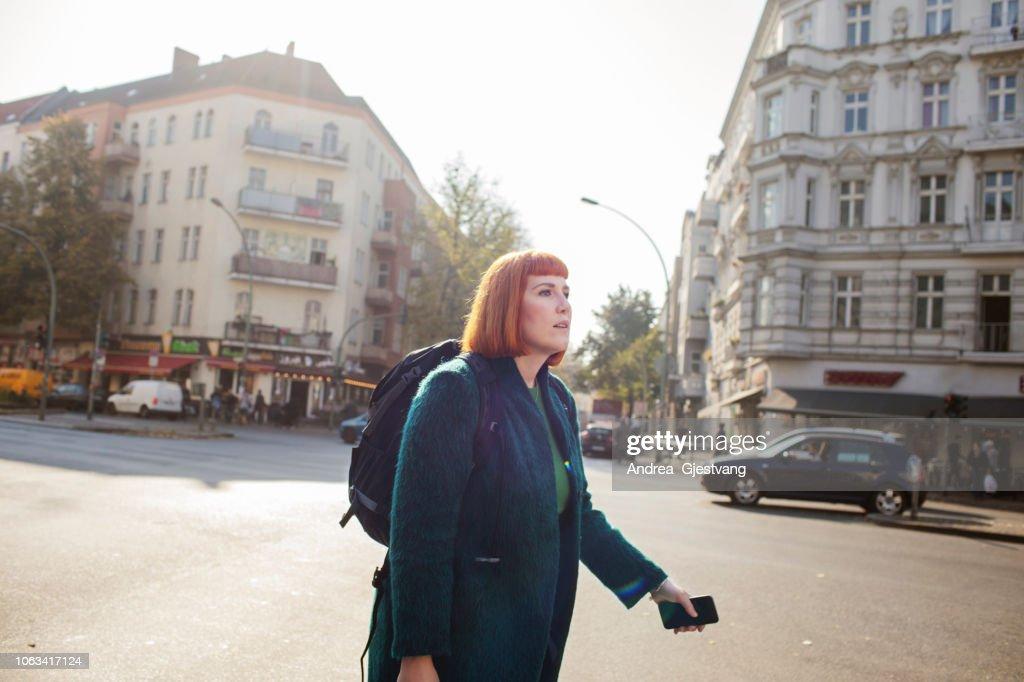 Woman walking : Stock-Foto
