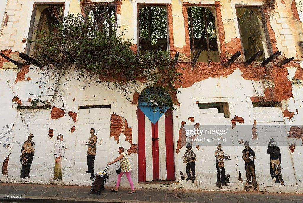 Puerto Rico Debt - Old San Juan, Puerta Rico : News Photo