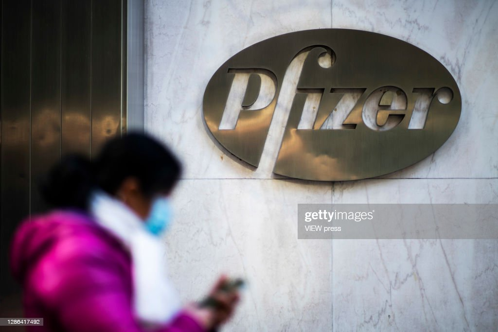 Pfizer is developing the Covid-19 vaccine 95% effective and safe : News Photo