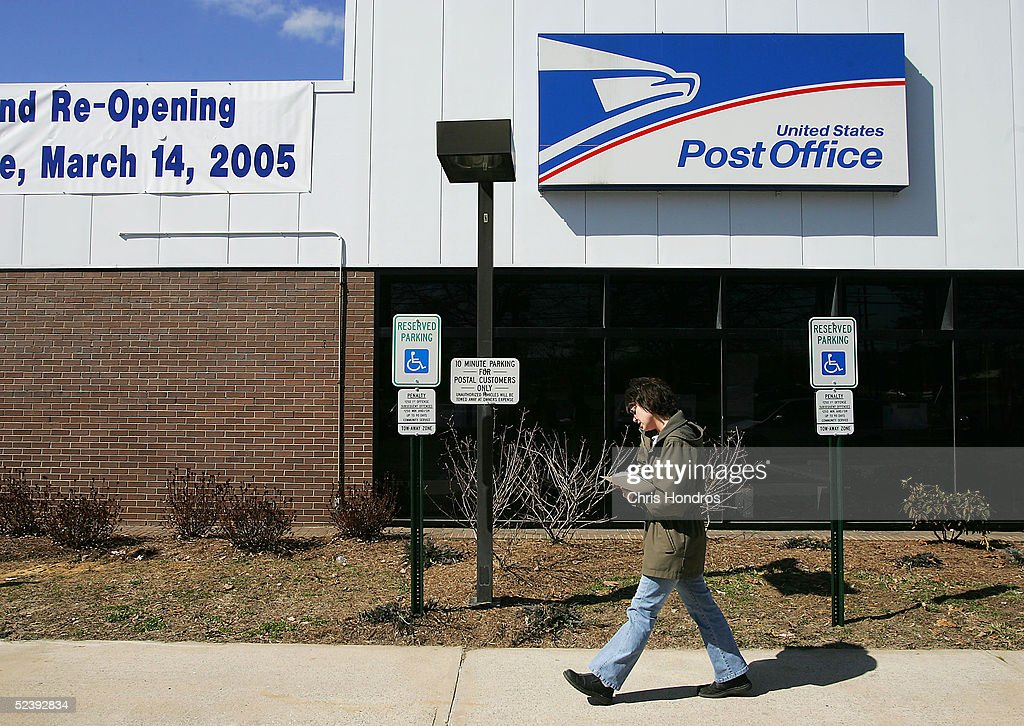 Post Office That Handled Anthrax Letters Re-Opens : News Photo