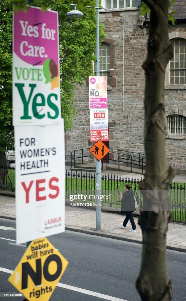 IRELAND-ABORTION-REFERENDUM : News Photo