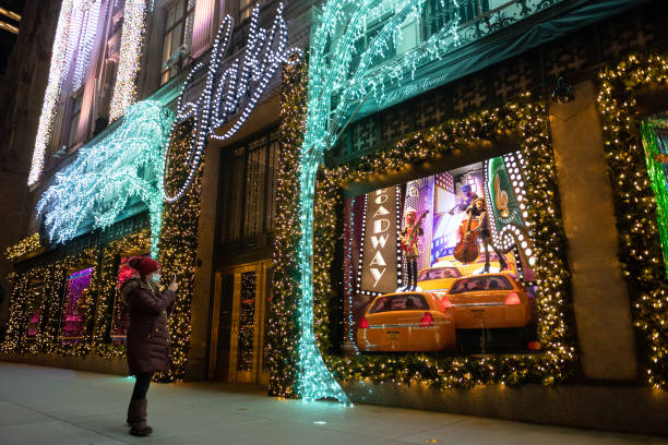 NY: Holiday Season Begins Across New York City Area