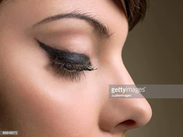 Woman wearing eyeliner