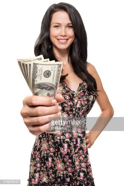 Frau mit Geld isoliert auf weißem Hintergrund