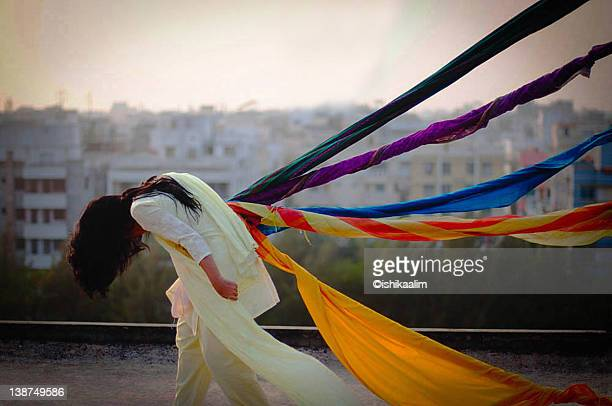woman with colorful dupatta - dupatta stock pictures, royalty-free photos & images