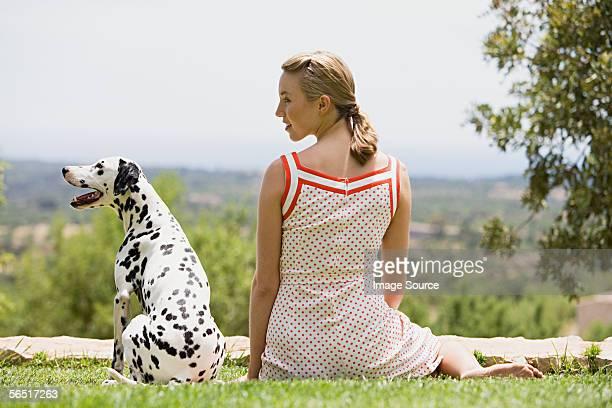 Frau mit Dalmatiner