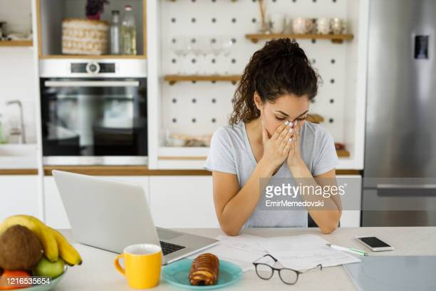 woman with financial problems - crisis stock pictures, royalty-free photos & images