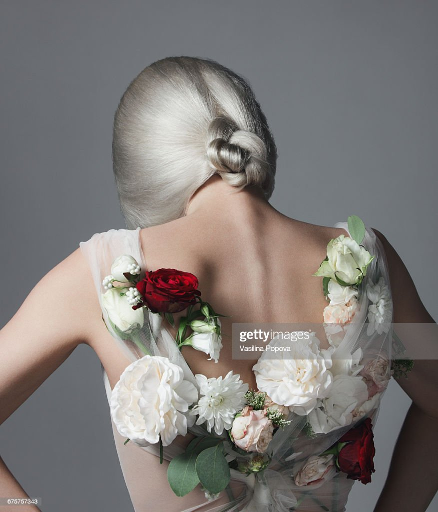 Woman with flower dress : Stock-Foto
