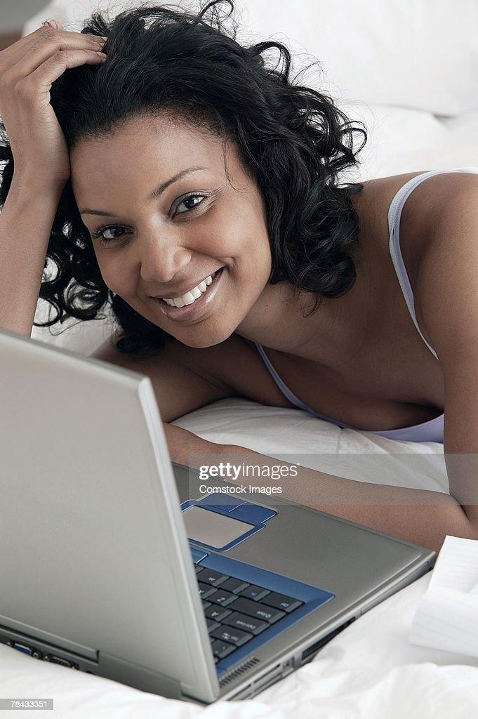 Woman with laptop : Stockfoto