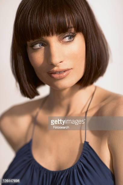 woman with mid length hair - bob frisur stock-fotos und bilder