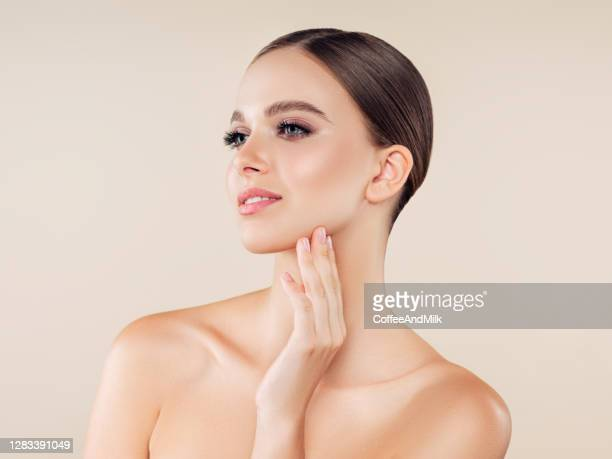 woman with natural make-up - cheek stock pictures, royalty-free photos & images