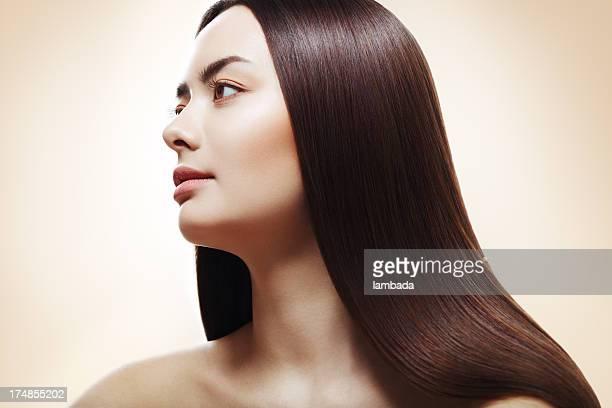 mulher com cabelo liso perfeito - cabelo liso - fotografias e filmes do acervo