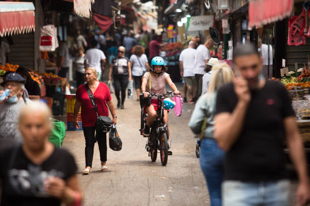 ISR: Israel Scrap Outdoor Masks In New Covid-19 Restrictions Ease