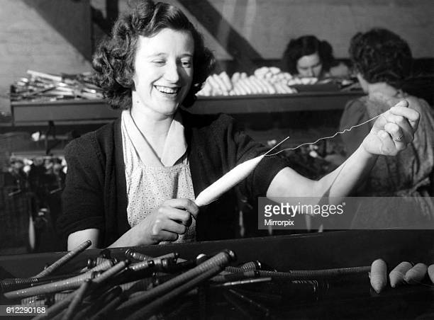 Woman working in mill atHeywood, Lancs. October 1951 P000131